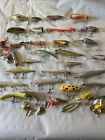 LOT+OF++CRANKBAITS+FISHING+LURES+POPPERS+LURE+EQUIPMENT+BASS+BAIT