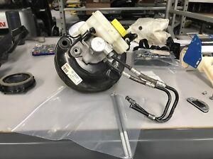 08-15 Audi R8 Power Brake Booster Master Cylinder 423612105b