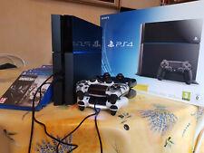 PS4 - PLAYSTATION 4 - SONY - 500 GB/GO - 9 jeux gratuits ! Occasion bon état.