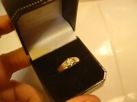 TRADITIONAL OLD 9 CT GOLD RING-SMALL DIAMOND-ILLUSION SET QUALITY-SIZE S-VINTAGE