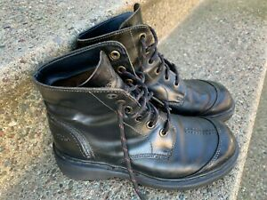 Dr. Martins Men's black Leather boots, size 7, Active Series, Air Cushion Sole