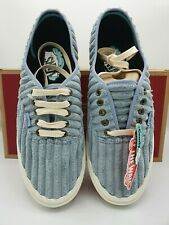 Brand New Vans Mens UK Size 9 Fabric Pumps Plimsoll Shoes Trainers Rare Unusual
