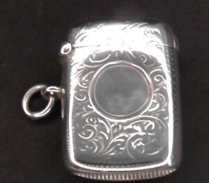 Solid Silver Vesta Dates Chester 1902 by William Neale