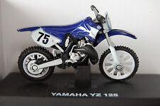 YAMAHA YZ125  DAMAGED 1/32nd  MODEL  MOTORCYCLE  BLUE