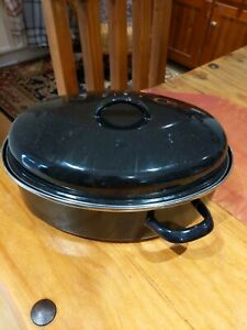 Casserole Dish With Lid 4.5 Ltrs