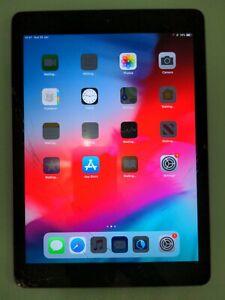 "Apple iPad 6th Generation 32GB Wi-Fi 9.7"" Space Grey Tab tablet - **Cracked**"