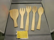 OLD VINTAGE PARRISH WOODEN LOT OF 5 SPOONS, FORKS AND FLIPPER HARD MAPLE