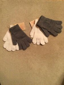 Lot of 4 Mossimo One Size Women Knit Gloves - 4 Pairs Total, 2 Gray & 2 White