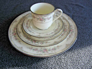 Vintage Noritake Trilby 6 Piece Place Setting Mid century Fine China Dinnerware Made in Japan Dishes