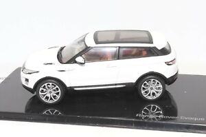 Range Rover Evoque 3 Door Fuji White 1:43 Scale Dealer Model Car by IXO Models