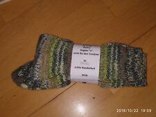 SCHURWOLLE SOCKEN * handgestrickt * Gr. 39-40 * grün/beige * NEUWARE Charity
