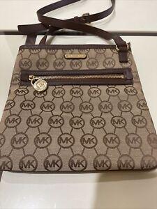 Michael Kors Hamilton Logo Beige Brown Slim  Crossbody  Purse Handbag Excellent