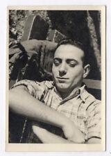 PHOTO ANCIENNE Dormeur Sommeil Sieste Repos Yeux fermés 1950 Banc Homme Bras