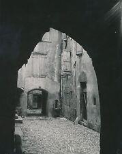 MILLAU c. 1900-20 - Rue Vieilles Maisons Passages Voutés Aveyron Div 7206