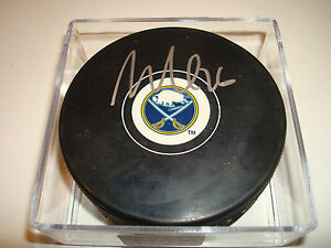 Matt Moulson Signed Buffalo Sabres Hockey Puck Autographed e