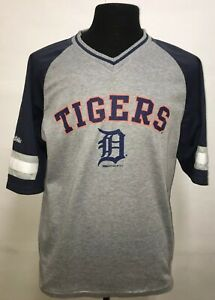 Detroit Tigers Jersey shirt stitches. Large. Comfortable