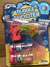 Pistolet bulles BUBBLE SHOOTER LED lumineux qualité supérieure avec 2 recharges