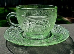 Tiara Indiana Sandwich Chantilly Green Cup And Saucer Set