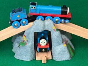 Quality BRIO MOUNTAIN & TRACK for THOMAS & Friends Wooden Railway TOY ENGINE set