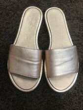 Pure Navy Rose Gold Slide Leather sandals $70 Size 9 Excellent Made In Spain