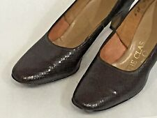 VTG Pumps HEELS THE CLASSIC by QuaiCraft Size 6 B/aa Textured Leather 2 1/2 HEEL