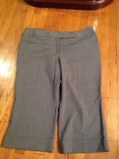NWT Women's Lane Bryant Cuffed Crops Size 22 Gray