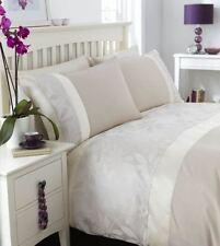 Linge de lit et ensembles rouge Catherine Lansfield pour chambre