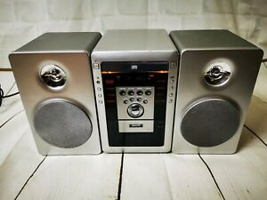 VINTAGE SANYO MICRO STEREO HIFI WITH TAPE CASSETTE RADIO CD PLAYER SPEAKERS