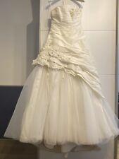 Brautkleid der Marke Agnes inkl. Reifrock und Kleiderhülle Grösse S (36/38)