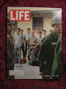 LIFE Magazine August 20 1965 9/20/65 Vietnam Draft Joe Namath Big Time Rodeo