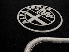 Fußmatten für Alfa Romeo Brera Autoteppich VELOUR! mit Logo in Grau
