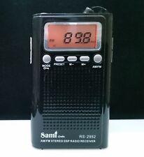 Radio De Bolsillo Digital - 20 Memorias - AM/FM - Altavoz Interno - Color Negro