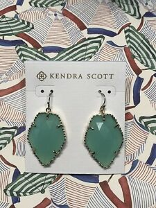 NEW Kendra Scott Corley Earrings Mint Green Chalcedony W/ Pouch