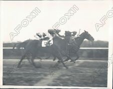 1933 Belmont Park Speed Test Race had Sergeant Byrne & Flying Heels Press Photo