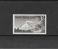 1960 Queen Elizabeth II SG798 3/- Sepia  Mint Hinged NEW ZEALAND