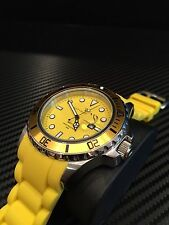 Sottomarino  Men's 52mm yellow watch