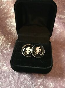 Vintage Bicycle/Cyclist Cufflinks presented in a neat black velvet box - GIFT!
