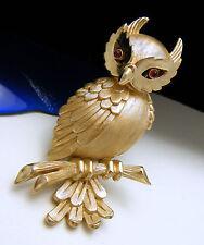 Crown Trifari Figural Owl Pin Red Glass Cabochon Eyes Gold Tone