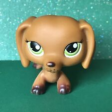 Littlest Pet Shop LPS #139 Dachshund Dog Green Eyes Red Magnet