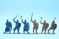 Crusade Plastic set 6 figures Toy Soldiers Crusaders and Saracens