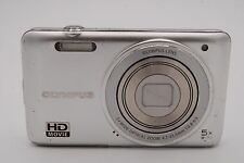 Olympus VG-160 14MP  3'' SCREEN 5x Digital Camera (NO BATTERY) SILVER