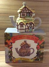 Village Stores Decorative Teapot Cream Teas, The Leonardo Collection, Boxed