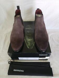 MAGNANNI Men's Grey Suede Chelsea Boots Size 10M/43