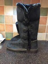 """Black """"Hailey"""" Fleece Winter Button Boots BNWT Size 6.    39/11"""