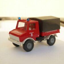 Preiser MB Unimog Feuerwehrfahrzeug Stadt Linz Pritsche/Plane Mercedes Benz