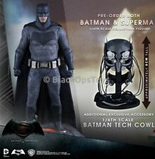 Batman v Superman - Batman -  Sniper Rifle & Tech Cowl Exclusive - MINT IN BOX
