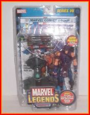 TOYBIZ MARVEL LEGENDS - HAWKEYE - SERIES 7 VII - CARDED & COMPLETE - AVENGERS