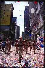 074041 Ticker NASTRO PARADE per soldati A4 FOTO STAMPA