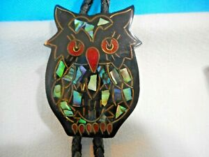 Vtg BOLO TIE Black Owl with Inlaid Abalone Black Cord Silver tone tips Halloween