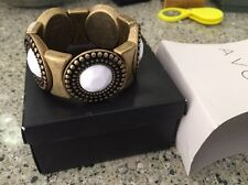 Avon White Glam Antiqued Brass Stretch Bracelet Light Weight & Chunky